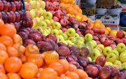 توزیع روزانه ۱۶ هزار تن میوه در تهران و ۶ استان