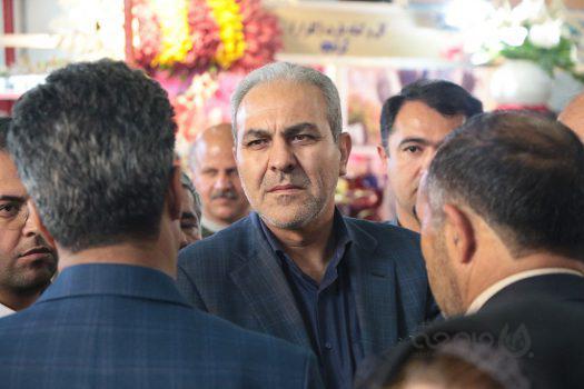 سرانه مصرف گل در ایران ۳ شاخه است  نمایشگاه دائمی گل در دستور کار است