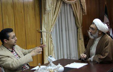 آقای پورمحمدی شکمش سیر است!| شجاع باشد مناظره می کند