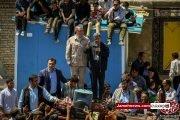 عکس| حضور محمود احمدی نژاد در مناطق زلزله زده ورزقان