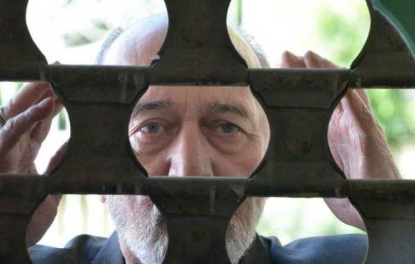 """بی مهری به آخرین فیلم پرویز پور حسینی/""""صدای منو میشنوید"""" بیننده ندارد"""
