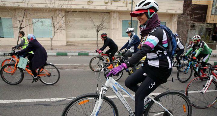 دهن کجی معاون شهردار تهران به فتوای رهبر انقلاب!