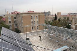 عکس  استقرار سیستم انرژی پاک در ساختمان اداره کار استان تهران