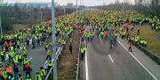 اعتراضها در فرانسه ادامه دارد