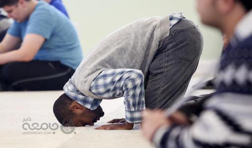وضعیت «نماز» در رسانه ها و خبرنگاران اسفبار است