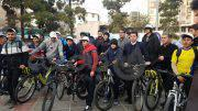عکس| دوچرخه سواری در روز هوای پاک در محله نارمک تهران و رونمایی از تندیس چرخ حیات